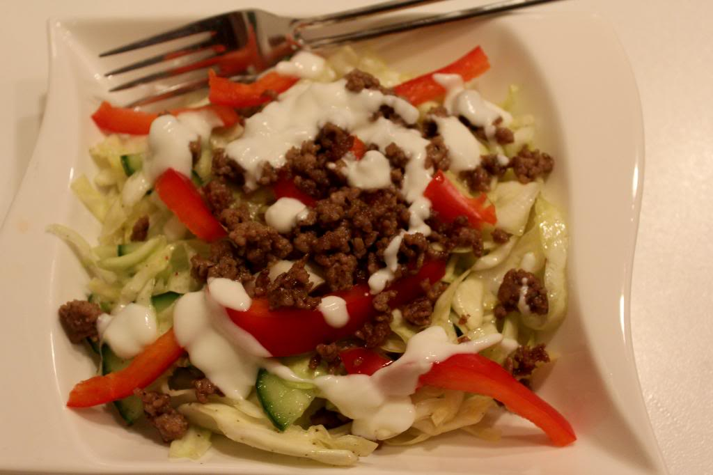 Griechischer salat mit hack