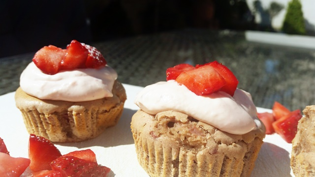 erdbeer cupcakes1