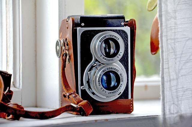 camera-813814_640