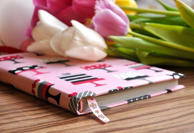 notebook-1325694_640