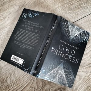 Cold Princess ganzer Buchrücken